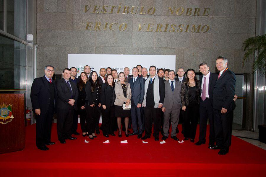 Ricardo Felizzola recebe Medalha Mérito Farroupilha